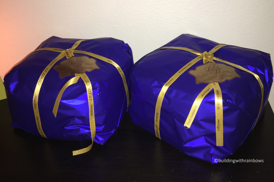 blue panetone packages