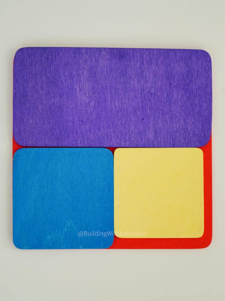 Grimm's Color mat (yellow) and Bauspiel building tiles size comparison